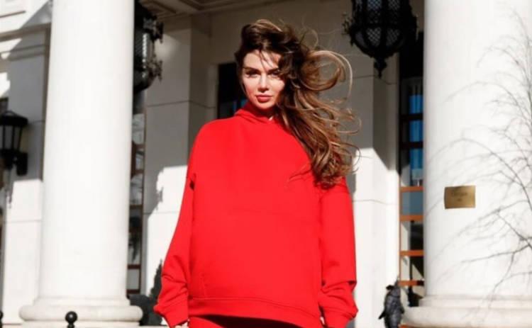 Анна Седокова со своим бойфрендом возмутили подписчиков голым фото в ванной