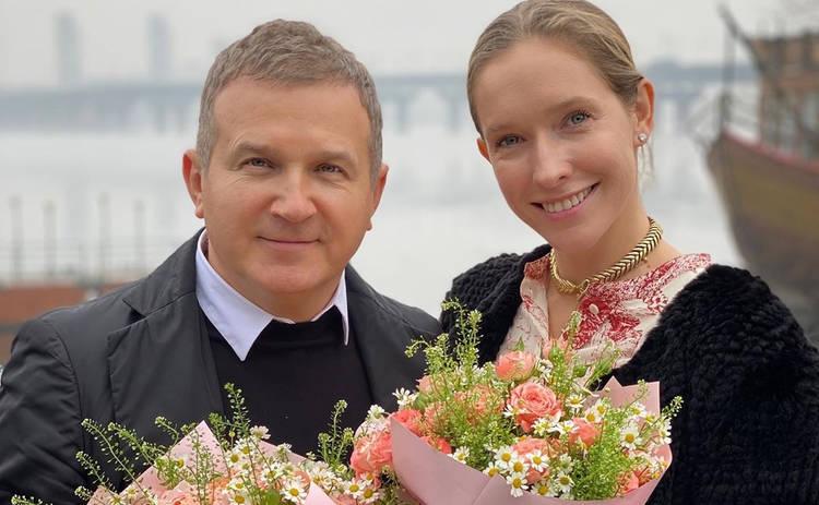 Катя Осадчая и Юрий Горбунов провели мастер-класс по приготовлению пасхальной выпечки: семейные традиции