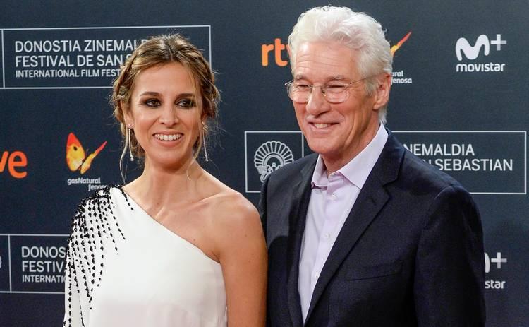 70-летний Ричард Гир и 37-летняя Алехандра Сильва стали родителями в третий раз