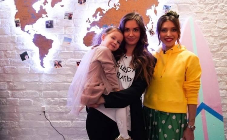 Регина Тодоренко осудила жену Прилучного Агату Муцениеце за хайп на своем разводе