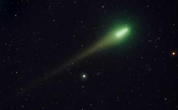 В мае украинцы смогут увидеть в небе уникальную ядовитую комету