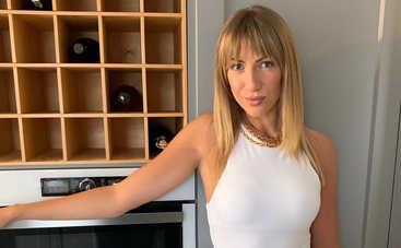 Мастерица: Леся Никитюк похвасталась домашним луком, который сшила сама