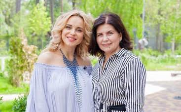 Спасибо за жизнь: Украинские звезды поздравили самого родного человека с Днем матери