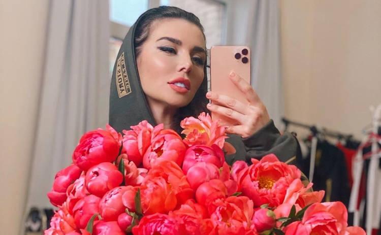 Анна Седокова похвасталась роскошной фигурой и назвала секрет своего похудения: главное не