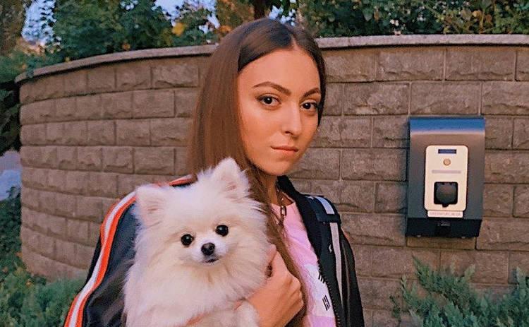 Старшая дочь Оли Поляковой показала фигуру в купальнике ‒ фото