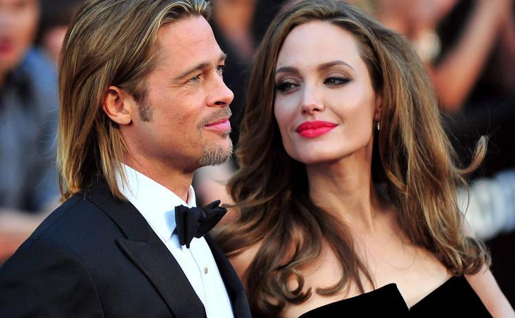 Анджелина Джоли выступила с пикантной просьбой в адрес Брэда Питта