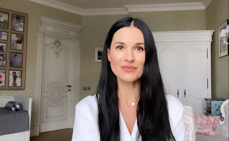 Маша Ефросинина отстригла длинные локоны ‒ видео