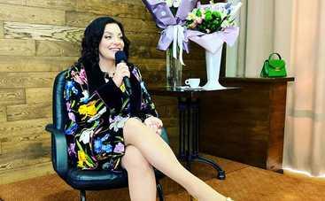 У меня очень большая грудь: Наталья Холоденко рассказала как и за сколько покупает наряды