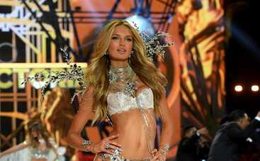 """Вопреки прогнозам врачей о бесплодии: """"Ангел"""" Victoria's Secret беременна"""