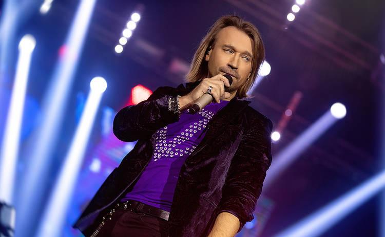 Олег Винник забрал главную мужскую награду музыкальной премии