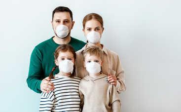 Доктор Комаровский рассказал, можно ли полоскать горло соленой водой для профилактики