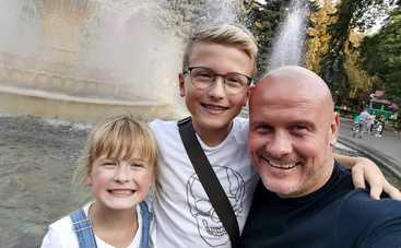 Вячеслав Узелков заявил, что хотел бы чаще видеться со своими детьми