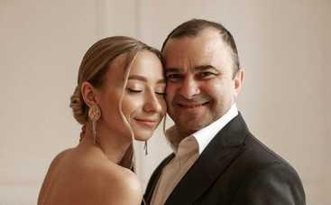 Виктор Павлик женился на молодой возлюбленной Екатерине Репяховой