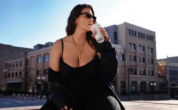 Плюс-сайз модель Эшли Грэм поучаствовала в откровенной фотосессии после родов