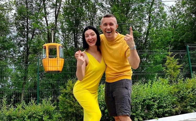 Сергей и Снежана Бабкины празднуют 1 год сыну Елисею