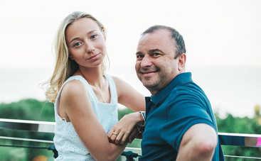 Вы одно целое, вы одна семья: Молодая жена Виктора Павлика извинилась перед матерью его сына