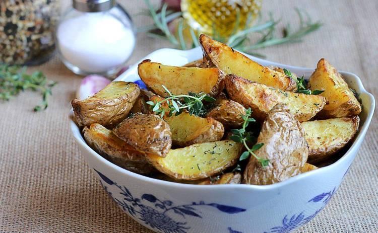 Молодой картофель, запеченный с медом и горчицей: простой рецепт от Ирины Хоменко