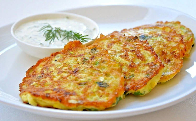 Блины из кабачков: простой рецепт летнего блюда от Ирины Хоменко