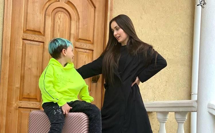 Холостячка: Ксения Мишина рассказала о реакции 8-летнего сына на ее участие в проекте