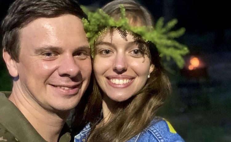 Дмитрий Комаров рассказал о самоизоляции с супругой и первой годовщине брака: получаю удовольствие