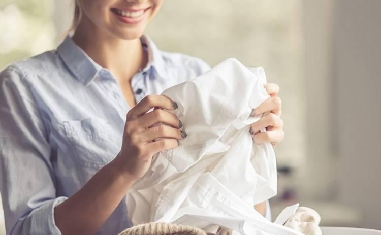 Как избавиться от винного пятна на одежде: простые лайфхаки