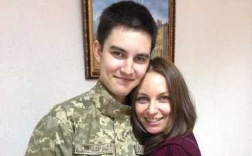 Экс-жена Виктора Павлика рассказала, как не позволяет сыну быть слабым в борьбе с онкологией