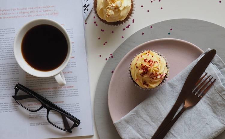 Кофейный десерт с кокосом: рецепт в жаркий день