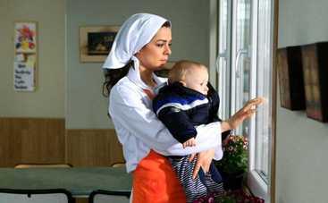 Женщина: смотреть 11 серию онлайн (эфир от 03.08.2020)