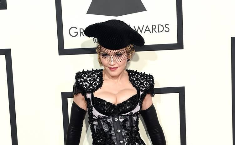 Мадонна громко отпраздновала свое 62-летие: с молодым бойфрендом и психотропными веществами