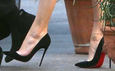 Антитренды 2020: от какой обуви нужно срочно отказаться