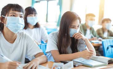В Британии школьникам запретили шутить про коронавирус: могут даже отчислить