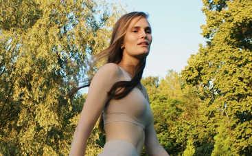 Алла Костромичева похвасталась соблазнительным снимком и рассказала, за что любит профессию модели
