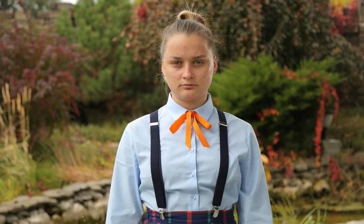 Від пацанки до панянки-4: участница реалити Юлия #Бандитка Чигринец побрила голову