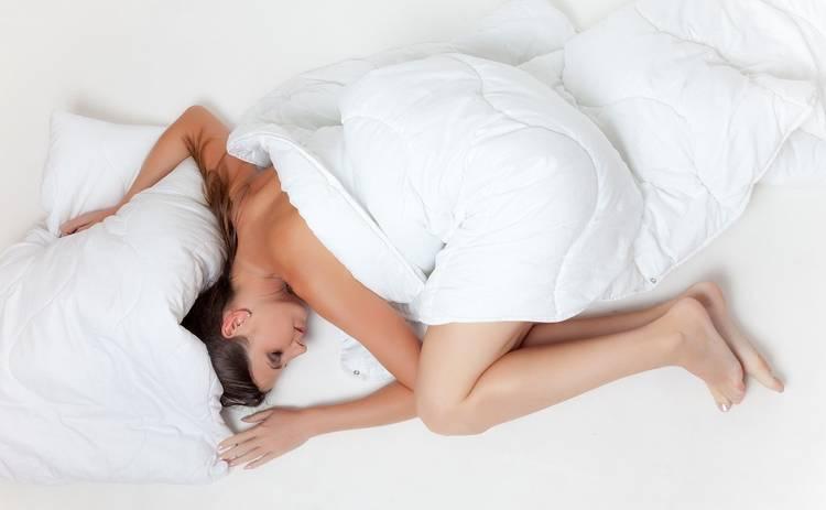 На каком боку полезнее спать: исследование ученых