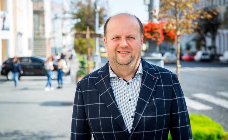 Фронтмен группы ТІК Виктор Бронюк уходит в политику