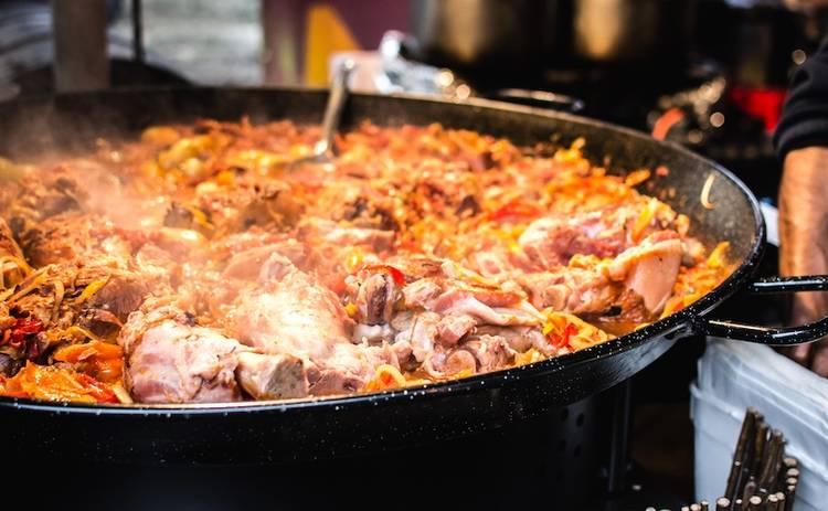 Свинина в томатном соусе: рецепт вкусного ужина от участника Топ-модели по-украински
