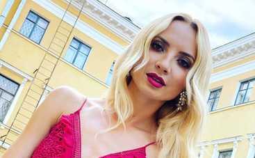 Звезда Однажды под Полтавой Ирина Сопонару рассталась с бойфрендом-британцем после 5 лет отношений