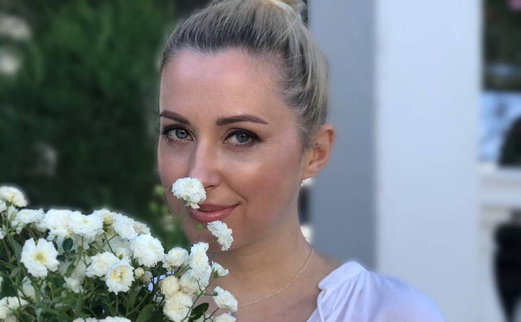 Тоня Матвиенко рассказала, как мама реагировала на ее эпатажные прически и беременность в 16 лет