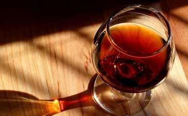 Как правильно подобрать алкоголь для десерта: советы кондитера Лизы Глинской