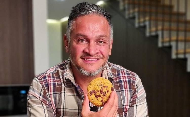 Лакомство на Хэллоуин: рецепт печенья от судьи МастерШеф Эктора Хименес-Браво