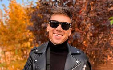 Алексей Комаровский – о травме на пилоне: Вместо того, чтобы порвать на себе одежду, оторвал мышцу на руке