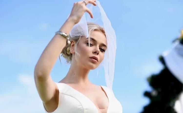 Алина Гросу призналась, что родители ожидали ее скорого развода с мужем