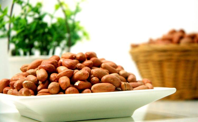 Как похудеть с помощью арахиса, и почему эти бобовые считаются женским продуктом