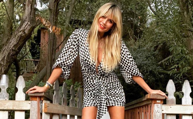 Хайди Клум очаровала пышным бюстом в винтажном платье с глубоким декольте