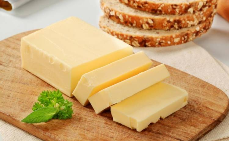 Как выбрать качественное сливочное масло: полезные советы во избежание фальсификата