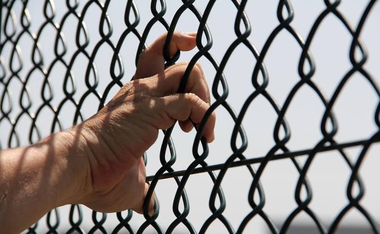 О чем молчат женщины: что нужно знать, встречаясь с заключенным, и кто такие зеки с