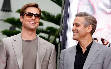 """Джордж Клуни рассказал, какой """"ужасный"""" розыгрыш ему устроил Брэд Питт"""