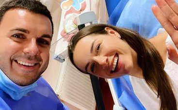 Спустя 12 дней после родов: Супруга Григория Решетника шокировала тонкой талией и подтянутым телом