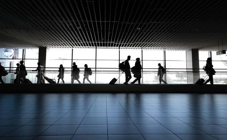 Греция и Италия ввели строгие правила для туристов: можно ли поехать на Новый год