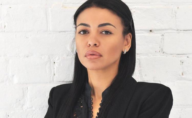 Экс-жена рэпера Сереги впервые встретилась с ним в зале суда: Прорыдала под дверью